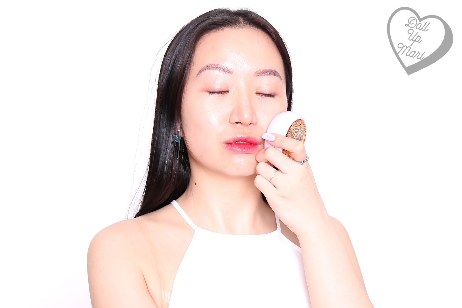 Using FOREO UFO Smart Mask Device on the cheeks