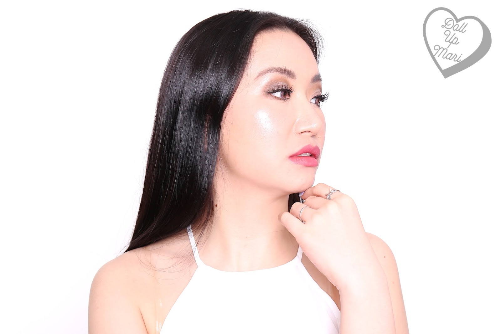 Wearing L'Oréal Paris Infallible 24HR Fresh Wear Liquid Foundation SPF25PA+++ in shade Golden Beige with full makeup