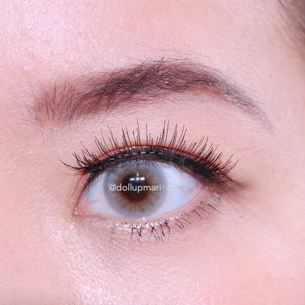 LuxxLash Lily Magnetic False Eyelashes Eye Zoom