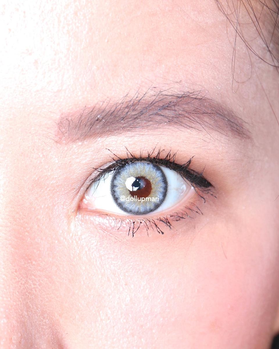 Olens Vampire Silver Eye Zoom